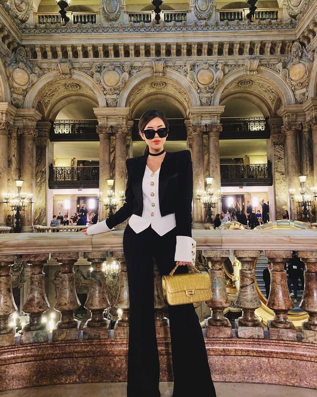Hội tranh thủ Paris Fashion Week để… đi du lịch: Kỳ Duyên - Tiên Nguyễn ăn uống thả ga, Khánh Linh mang 8 cái vali quần áo để chụp hình - Ảnh 9.