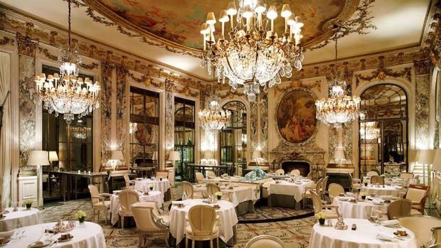 Tốt nghiệp Đại học, ra làm phục vụ bàn: nghe vô lý nhưng lại rất thuyết phục tại các nhà hàng fine dining - Ảnh 1.