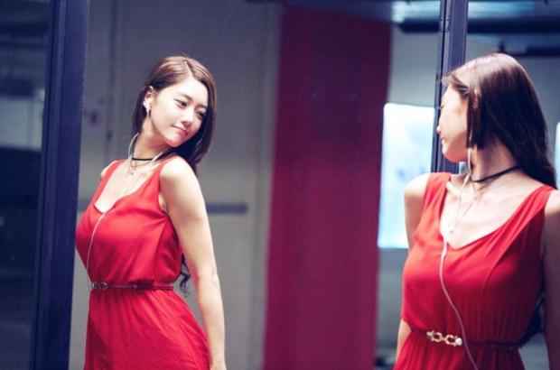 Bức ảnh Xa Thi Mạn lép vế toàn tập vì người đẹp ngực khủng bất ngờ hot trở lại: Hóa ra là Đệ nhất mỹ nhân châu Á - Ảnh 5.