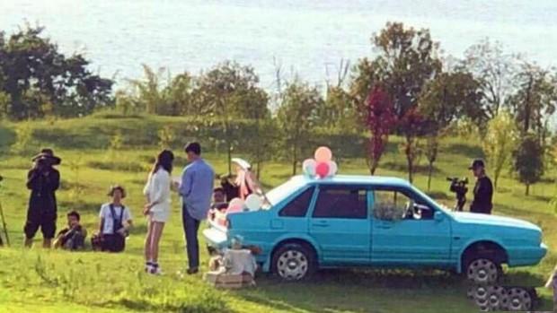 Rộ hình ảnh Trịnh Sảng được bạn trai CEO rởm cầu hôn bằng khinh khí cầu và bóng bay siêu lãng mạn - Ảnh 4.