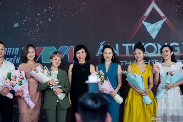 Sự kiện quy tụ dàn sao của vũ trụ VTV: Thu Quỳnh hiếm hoi xuất hiện cùng MC Minh Hà sau 4 năm ồn ào tình tay ba - Ảnh 10.