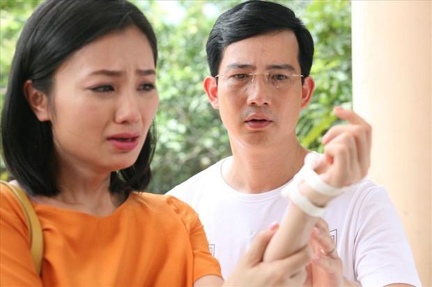 4 gã chồng nhu nhược khó ai độ nổi của phim Việt không thể thiếu Dũng của Hoa Hồng Trên Ngực Trái! - Ảnh 3.