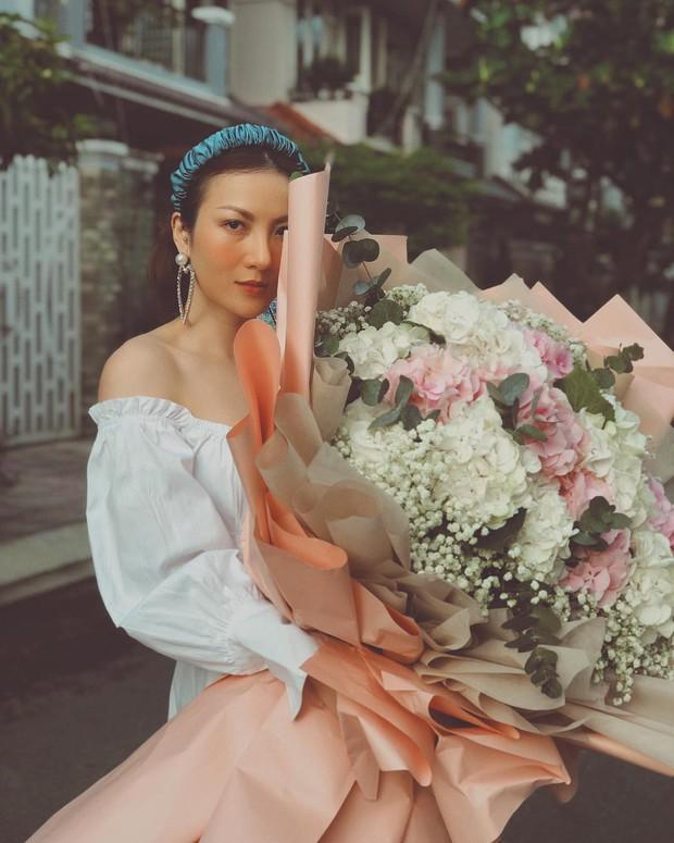 Phạm Quỳnh Anh phô diễn bờ vai cực phẩm, Yến Nhi lại cho thấy tài mix&match siêu đỉnh khi diện chung mẫu váy - Ảnh 5.