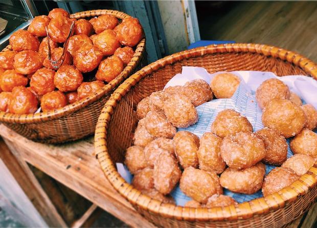 Thấy mà tức: nửa đêm đói, thấy món bánh ngon ngất ngây thèm quá nhưng lật tung Hà Nội cũng không mua nổi - Ảnh 7.