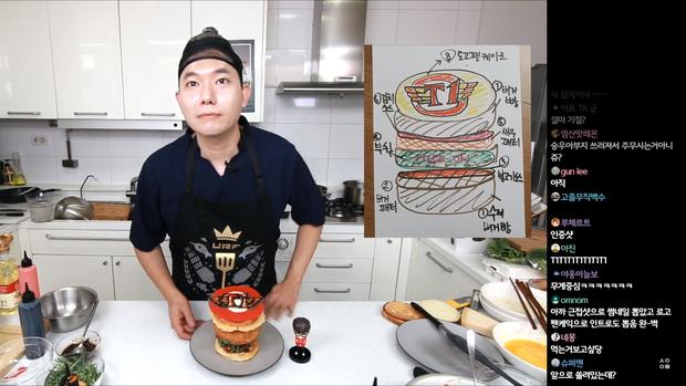 Đầu bếp fan cuồng Faker: Siêu đẹp trai, nổi tiếng Hàn Quốc vừa livestream làm hamburger cực đẹp mừng SKT vô địch LCK - Ảnh 3.