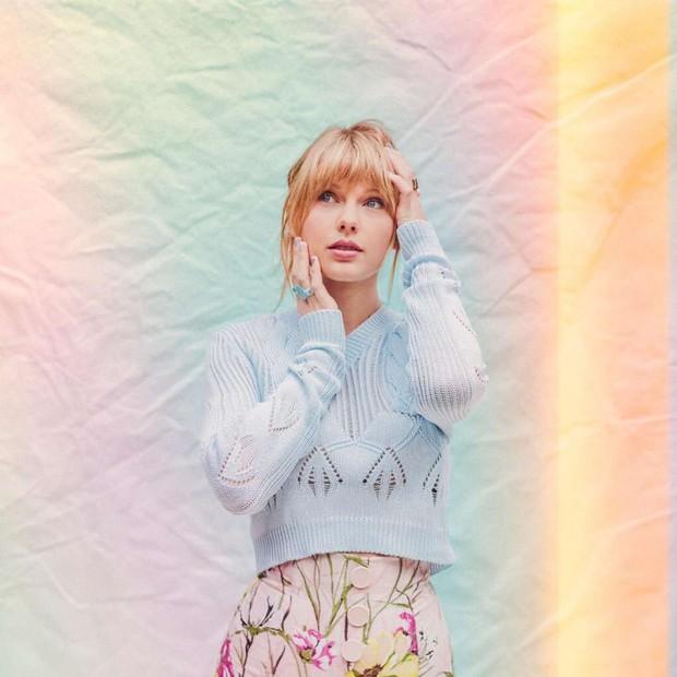 Taylor Swift hồi sinh mạnh mẽ khi trở lại Top 10 Billboard, rapper Lizzo bất ngờ đạt #1 làm Nicki Minaj buồn càng thêm sầu - Ảnh 2.