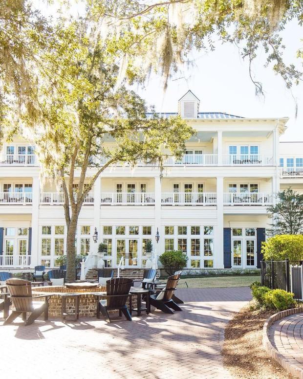 Choáng toàn tập với độ xa hoa và đẳng cấp của khu resort 5 sao tại Mỹ - địa điểm tổ chức đám cưới của Justin Bieber và Hailey Baldwin - Ảnh 3.