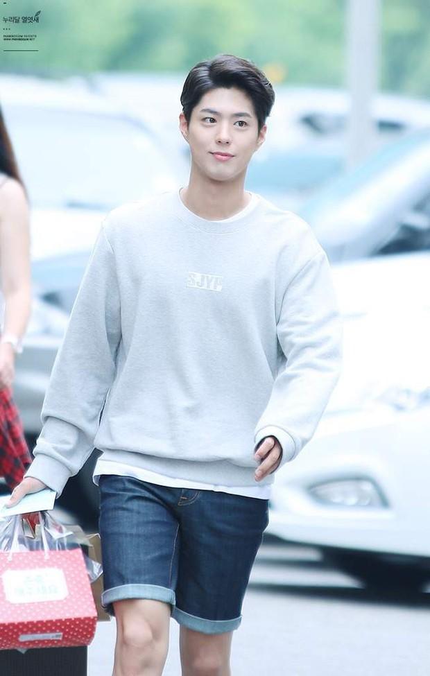 5 sao Hàn ngoài đời đẹp siêu thực đến nỗi fan đứng hình: Jin quá thần thánh, Suzy và Taeyeon ai đỉnh hơn? - Ảnh 15.