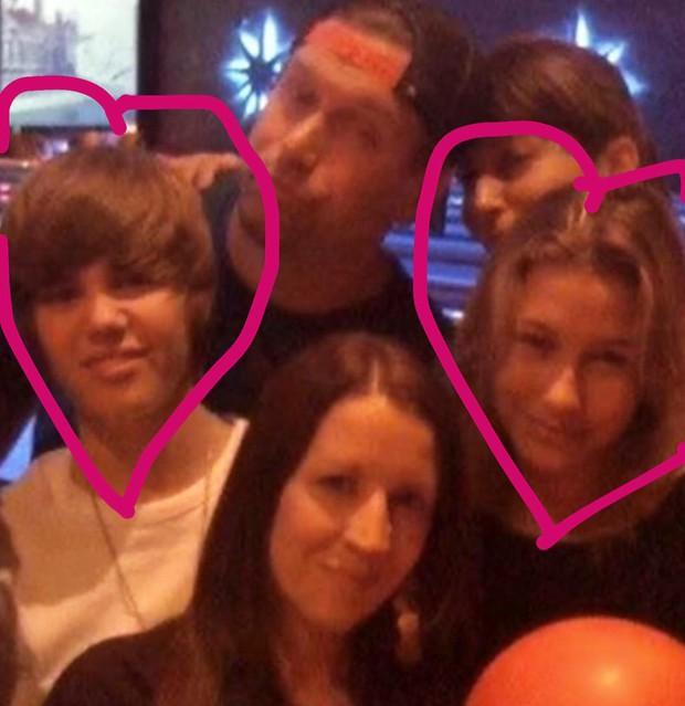 Tiệc tiền đám cưới của Justin Bieber và Hailey: Cô dâu chú rể đã đến địa điểm cưới, Katy Perry và Kendall Jenner đi phi cơ riêng đến dự - Ảnh 16.