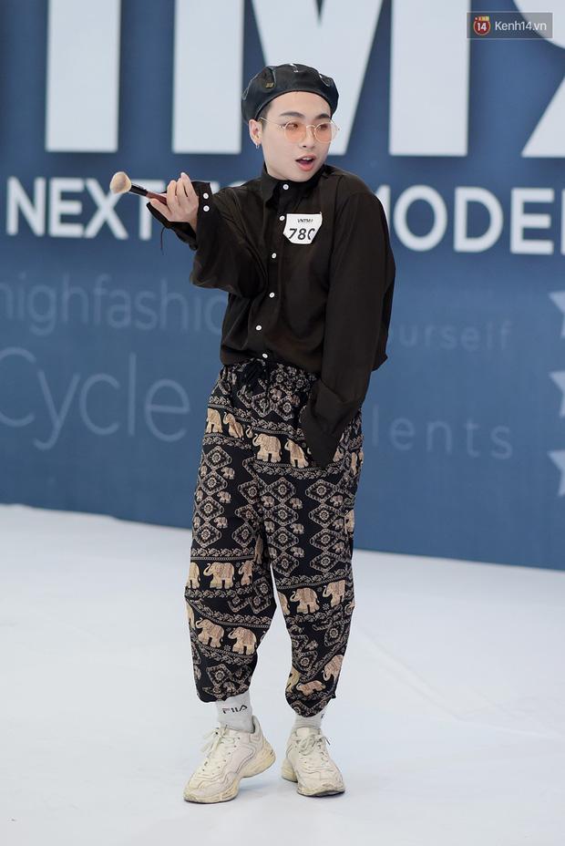 Next Top Model: Thí sinh băng bó, trùm đầu, tặng nước mắm cho Mâu Thủy để... bớt nhạt! - Ảnh 17.