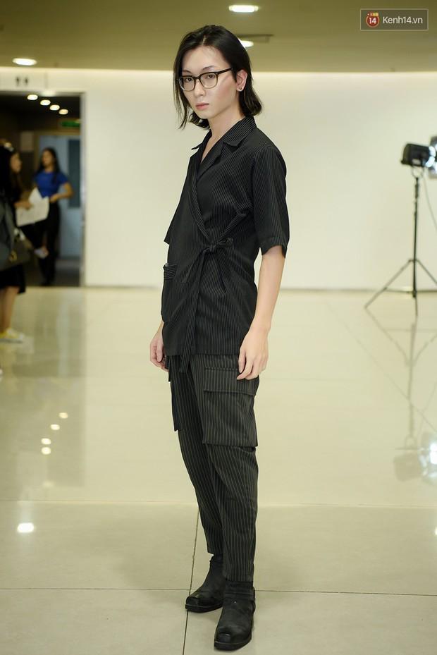 Vietnams Next Top Model: Dàn chân dài trai xinh, gái đẹp nườm nượp tới casting tại Hà Nội - Ảnh 14.