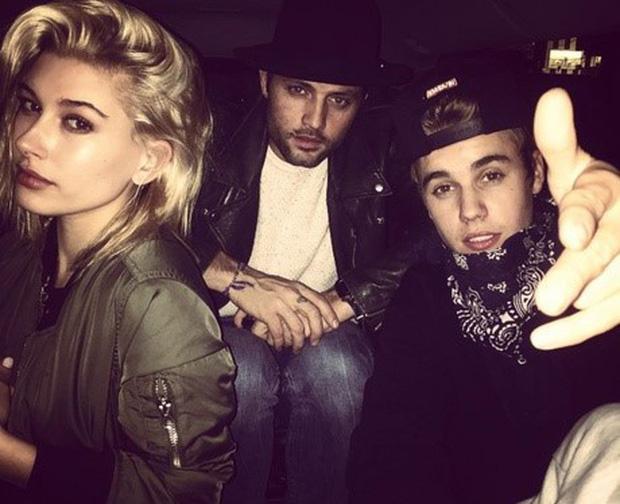 1 thập kỷ đã biến Hailey Baldwin từ fan cuồng ship Jelena thành cô dâu nắm tay Justin Bieber vào lễ đường như thế nào? - Ảnh 5.