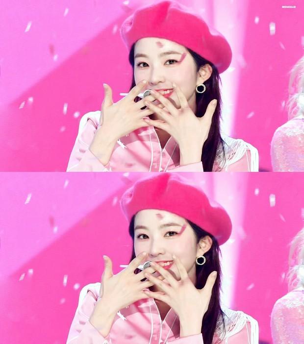 Trọn bộ khoảnh khắc đẹp rụng rời của Irene (Red Velvet) trên sân khấu, danh xưng tiên tử kết màn không phải chỉ để trưng! - Ảnh 14.
