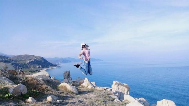 Ninh Thuận xuất hiện công viên đá với đủ loại hình thù kỳ lạ, nhìn ảnh check-in chỉ biết thốt lên: Trông nguy hiểm thế? - Ảnh 3.