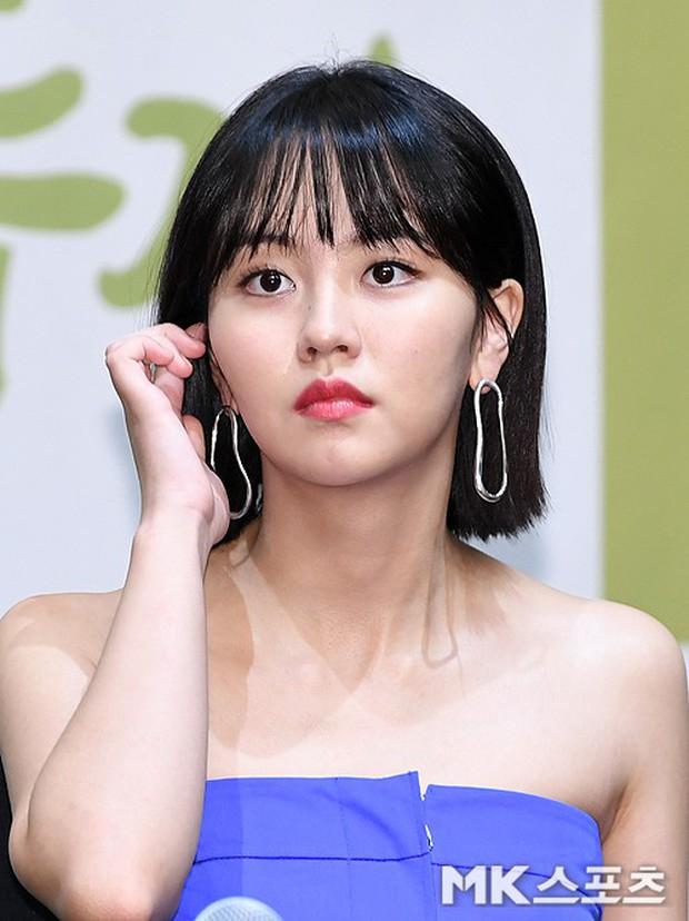 2 sao nhí Mặt trăng ôm mặt trời một thời lâu lắm mới lộ diện: Kim So Hyun lột xác sexy, lấn át Kim Yoo Jung? - Ảnh 9.