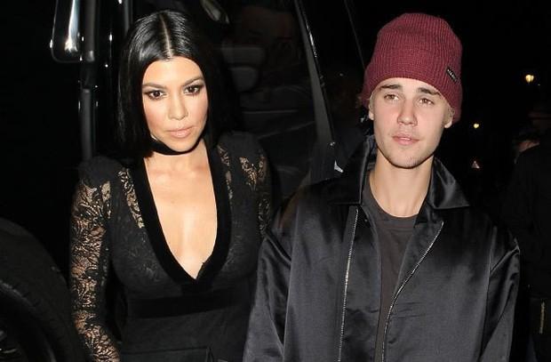 Dàn 15 bóng hồng đi qua đời Justin Bieber: Selena chưa phải sexy nhất, từ nàng thơ Sơn Tùng đến siêu mẫu đều cực phẩm - Ảnh 24.