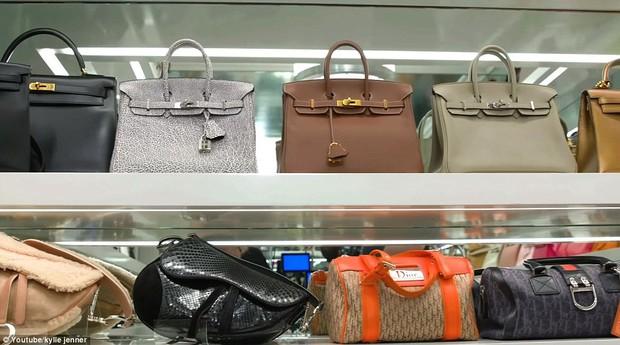 Khoe liên-tùng-tục không chán, dân tình hoang mang không biết Kylie Jenner có tổng cộng bao nhiêu túi Hermès - Ảnh 3.