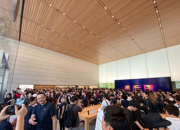 Lạ lùng với Apple Store mới toanh đậm chất Nhật Bản: Thiết kế cây nhà lá vườn chưa từng có trên thế giới - Ảnh 6.