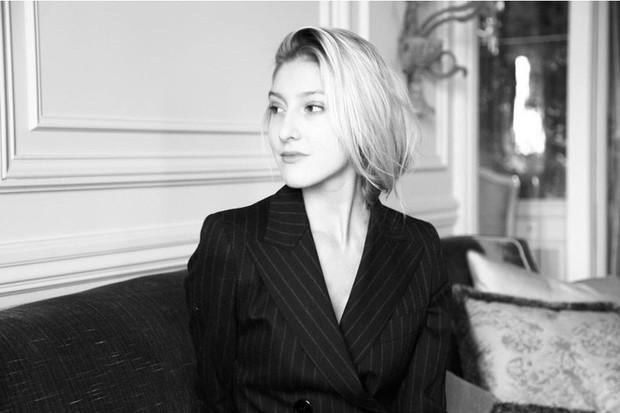Nghe 5 phụ nữ Pháp chính hiệu nói về cách chăm da mùa lạnh: Tưởng phức tạp nhưng hóa ra toàn điều đơn giản - Ảnh 1.