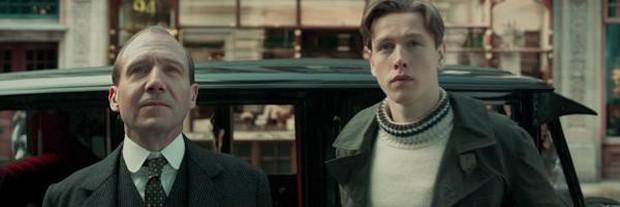 Trailer 2 phút khói lửa tưng bừng của Kingsman cũng không mất tập trung bằng cảnh trai đẹp lột đồ chiến đấu - Ảnh 2.