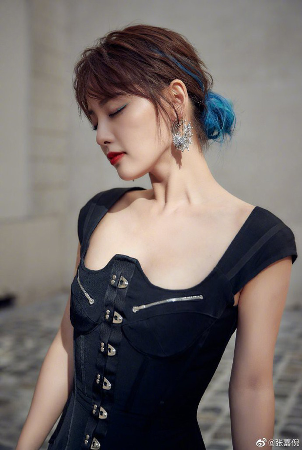 Trương Gia Nghê - nàng thơ châu Á tại Paris Fashion Week: Bánh bèo hay cool ngầu đều toát lên khí chất lu mờ vạn vật - Ảnh 13.