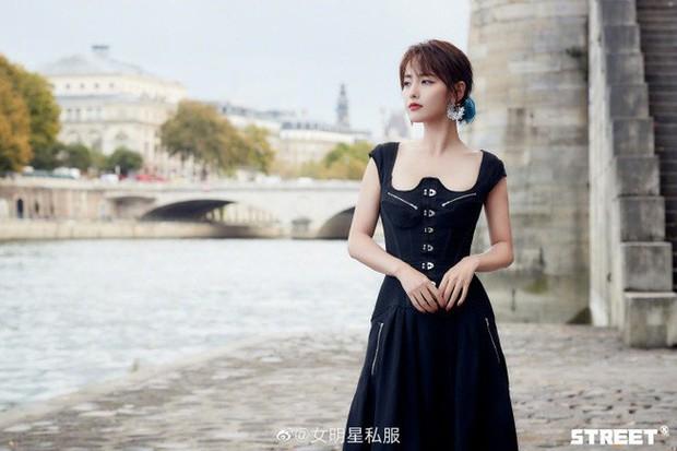 Trương Gia Nghê - nàng thơ châu Á tại Paris Fashion Week: Bánh bèo hay cool ngầu đều toát lên khí chất lu mờ vạn vật - Ảnh 15.