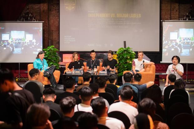 SlimV chẳng ngại lộ chiêu, chia sẻ hết kiến thức và giới thiệu luôn dự án mới sẽ kết hợp nhạc dân tộc Việt Nam vào nhạc điện tử tại WMW 2019 - Ảnh 4.