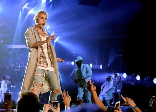 Choáng với tài sản của Justin Bieber và Hailey khi về chung một nhà: Riêng Justin 6000 tỷ, gấp 3 lần Song Song gộp lại - Ảnh 5.