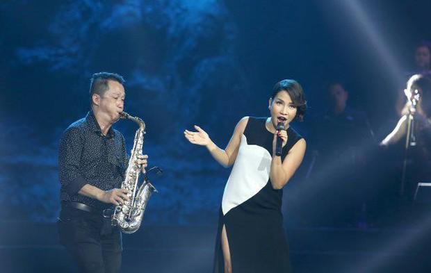 Hà Hồ, Duy Mạnh và sao Vbiz xót thương khi nghệ sĩ saxophone Xuân Hiếu qua đời vì ung thư - Ảnh 2.