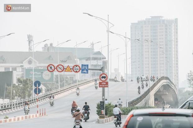 Clip người Hà Nội lo lắng trước tình trạng ô nhiễm không khí: Mình đang phân vân liệu có nên bỏ phố về quê không? - Ảnh 2.