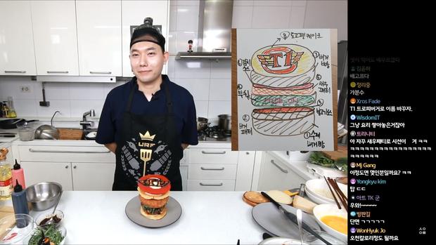 Đầu bếp fan cuồng Faker: Siêu đẹp trai, nổi tiếng Hàn Quốc vừa livestream làm hamburger cực đẹp mừng SKT vô địch LCK - Ảnh 8.