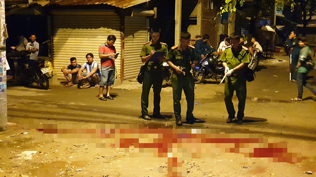 Nam thanh niên bị chém chấn thương sọ não vì tranh giành chỗ bán hàng ở Sài Gòn - Ảnh 1.