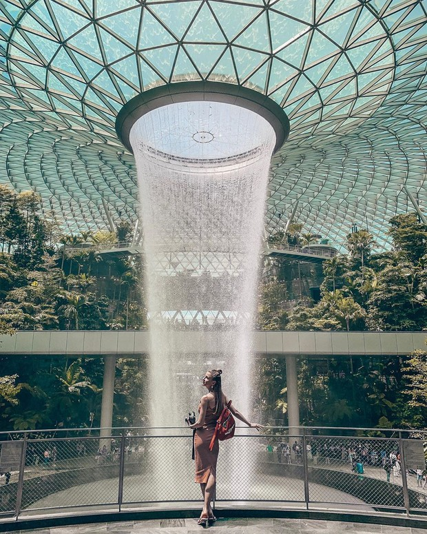 Trọn bộ cẩm nang chụp ảnh mà không lo dính người ở Jewel Changi Airport (Singapore), chỉ cần làm theo là đảm bảo có hình ngàn like! - Ảnh 4.