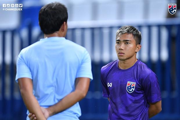 Hai ngôi sao hàng đầu Thái Lan vẫn chưa quên nỗi buồn thất bại trước Việt Nam tại Kings Cup, quyết phục thù trong lần tái ngộ - Ảnh 2.
