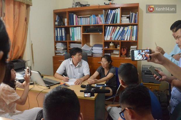 Vụ bé lớp 1 trường Gateway tử vong: Vì sao ông Phiến được tại ngoại, bà Quy bị tạm giam khi khởi tố cùng một tội danh? - Ảnh 2.