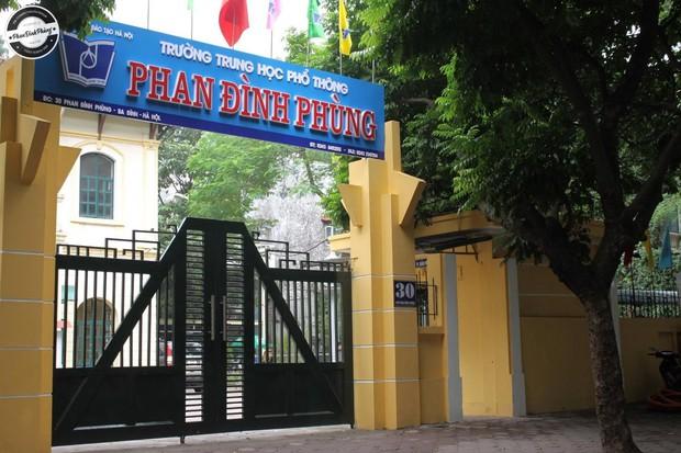 Bật mí bí mật của 3 ngôi trường nổi tiếng ở Hà Nội: Có 1 sở thú ngay trong trường, học hành bị stress quá thì rủ nhau trốn lên cửa trời - Ảnh 1.