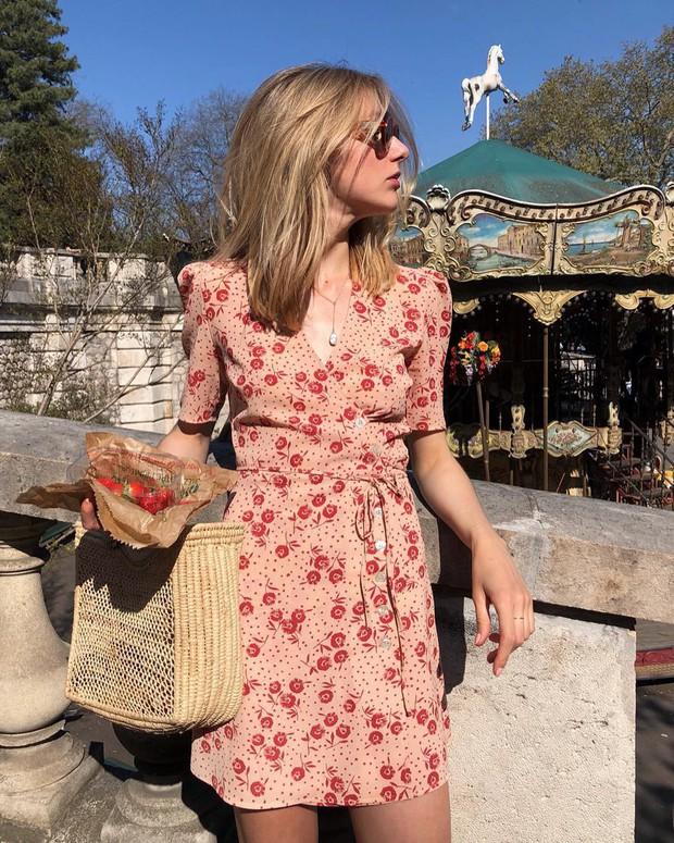Được phụ nữ Pháp hết mực trọng dụng, 4 kiểu váy xinh mất hồn sau sẽ khiến bạn muốn tậu bằng hết cho tủ đồ - Ảnh 13.