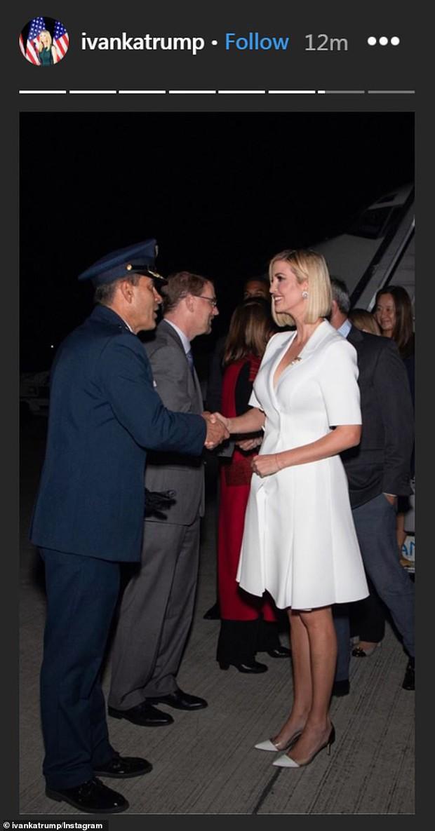 Xuất hiện với khí chất con nhà nòi tại sân bay nhưng diện mạo chưa từng có suốt 15 năm của Ivanka Trump mới là điều gây chú ý - Ảnh 4.