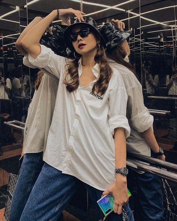 Nàng công sở không bao giờ lo mặc xấu nếu biết 12 công thức diện áo sơ mi trắng tuyệt xinh từ các mỹ nhân Việt - Ảnh 8.