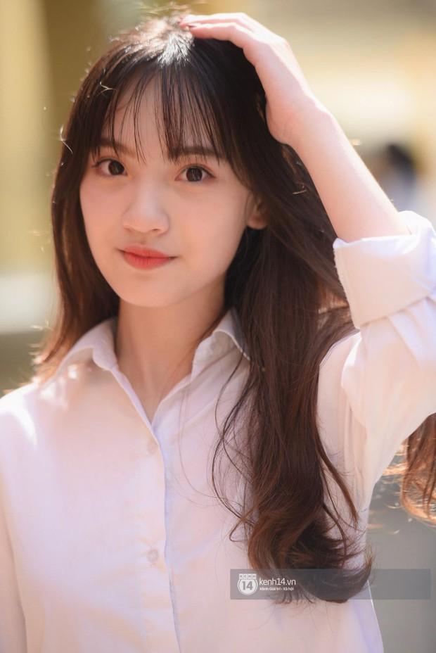 Đi khai giảng, con gái Việt chỉ makeup nhẹ như sương là đã xinh tựa nữ chính phim thanh xuân - Ảnh 2.