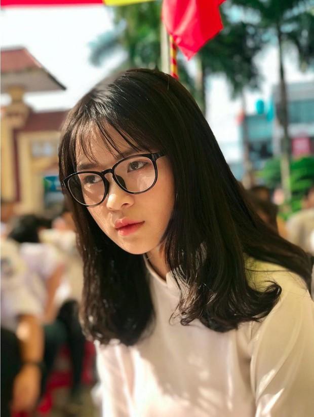 Đi khai giảng, con gái Việt chỉ makeup nhẹ như sương là đã xinh tựa nữ chính phim thanh xuân - Ảnh 4.