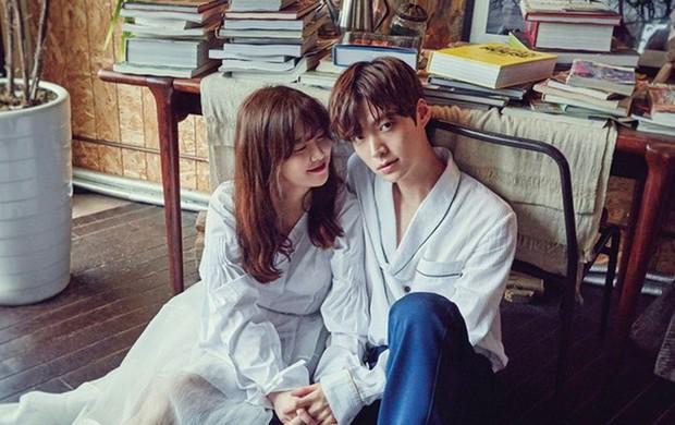 Xem drama của Goo Hye Sun và Ahn Jae Hyun cứ thấy quen quen, hoá ra y hệt chuyện tình dắt mũi cả thế giới Gone Girl? - Ảnh 2.