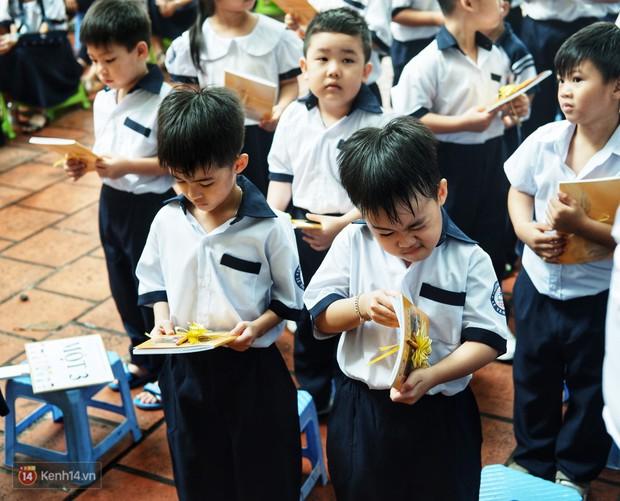 5 siêu nhân nhí trong ca sinh năm đầu tiên ở Việt Nam lém lỉnh ngày khai giảng: Xin chào lớp 1! - Ảnh 20.