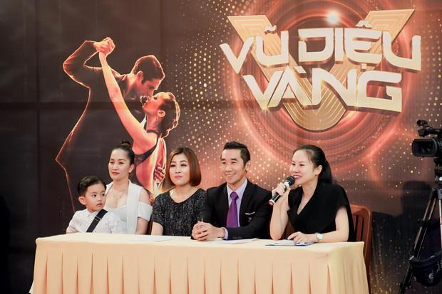 Khánh Thi khoe con trai 4 tuổi đầy chững chạc trên ghế nóng show thực tế mới - Ảnh 3.