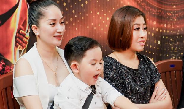 Khánh Thi khoe con trai 4 tuổi đầy chững chạc trên ghế nóng show thực tế mới - Ảnh 6.