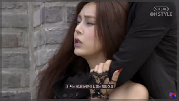 Netizen lại đứng về phía Ahn Jae Hyun khi đào lại buổi chụp hình tại Koreas Next Top Model - Ảnh 1.