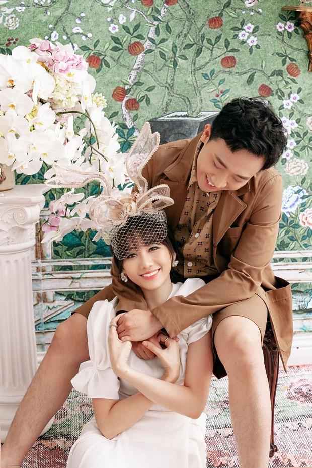Trấn Thành và Hari Won tung bộ ảnh tình tứ như thuở mới yêu, ngày càng hạnh phúc sau gần 3 năm kết hôn - Ảnh 4.