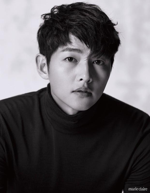 9 sao Hàn có điểm thi đại học khủng nhất Kbiz: Song Joong Ki đã đỉnh, vợ chồng Kim Tae Hee - Bi Rain còn đỉnh hơn - Ảnh 7.
