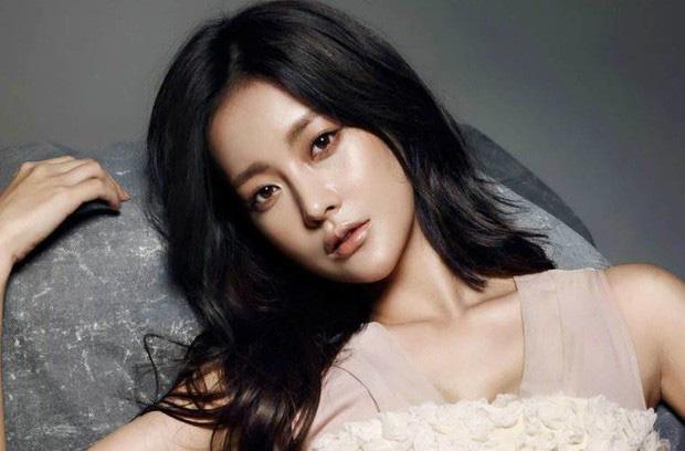 Sự nghiệp drama của Goo Hye Sun – Ahn Jae Hyun: Vợ chết vai Vườn Sao Băng, chồng bao nhiêu năm vẫn vô danh? - Ảnh 8.