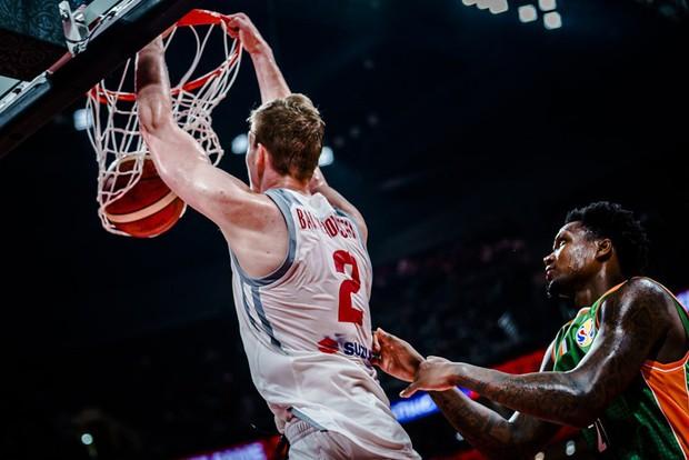 Kết quả ngày thi đấu 4/9 FIBA World Cup 2019: Trung Quốc gây thất vọng cùng cực, châu Á không còn đại diện nào tại vòng 2 - Ảnh 2.